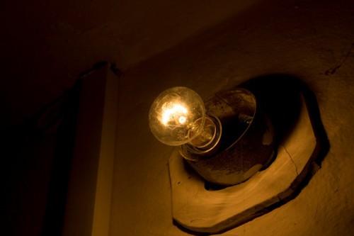 Лампочка в подъезде
