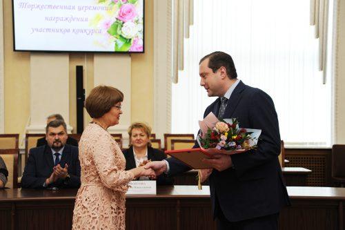 Гагаринский диагност Валентина Мельникова удостоена звания «Лучший врач»